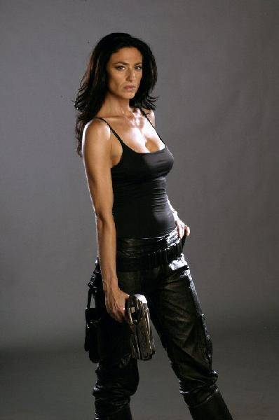 Claudia Black - Images Colection