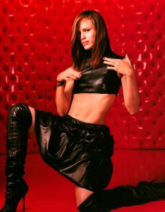 Jennifer Garner abs Alias